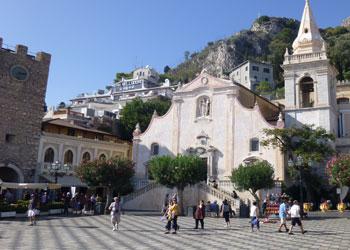 Cruises to giardini naxos sicily giardini naxos shore for Corso progettazione giardini