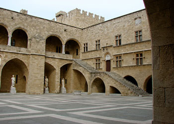 Palace of the Grand Masters, Old Town