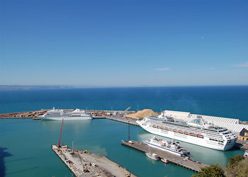 Cruise new zealand april 2013