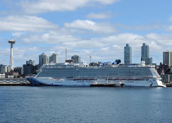Cruise Ship Norwegian Bliss Picture Data Facilities And Sailing Schedule