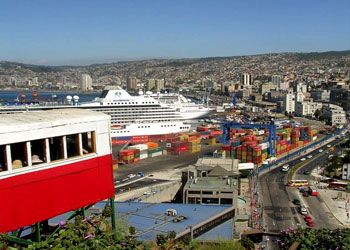 The famous furnicular railway above Valparaiso port, Chile